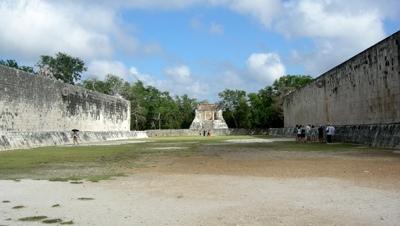 古代競技場の遺跡
